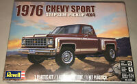 Revell 1976 Chevy Sport Stepside Pickup 4x4 1:24 scale model car kit new 4486