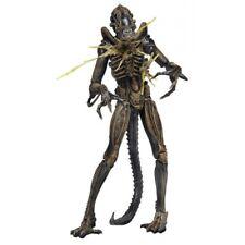 """NECA Aliens Series 12 Battle Damaged Brown Warrior Alien 9"""" Action Figure - 23cm"""
