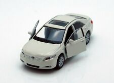 "Welly Toyota Camry 1/40 scale 4.75"" diecast model car with PULL BACK WHITE"
