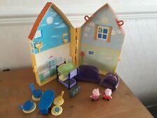 PEPPA PIG HOUSE PLAYSET, FURNITURE AND 2 FIGURES