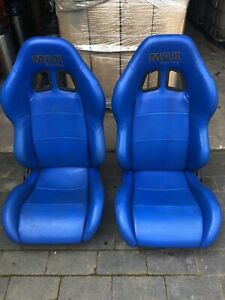 Reclining Bucket Seats Pair Wipeable With Harnesses Land Rover Defender