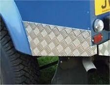 LAND ROVER DEFENDER 110 CHEQUER PLATE REAR WING CORNER PROTECTORS - REAR WING