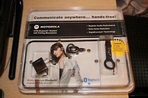 MOTOROLA H700 Bluetooth Headset Folding Microphone & Vehicle Power Adapter NEW