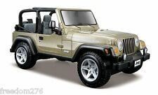 MAISTO 2011 JEEP WRANGLER RUBICON KHAKI 1/27 DIECAST CAR 31245