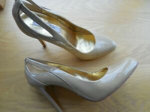 TED BAKER BEIGE PATENT LEATHER COURT SHOES - SIZE 5 UK 38 EUR