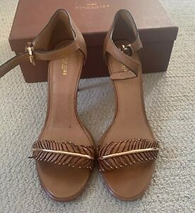 Coach Sandals Isabella Tan Leather  Size 10 With Gold Leaf Accent