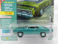 2017 Johnny Lightning *CLASSIC GOLD* TURQUOISE 1969 Dodge Dart Swinger *NIP*