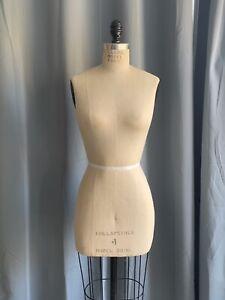 Size 4 Global Model Dress Form 2006