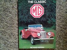 The Classic MG by Richard Aspden