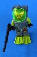 LEGO ATLANTIS MINIFIGURE SCUDA DIVER W/FLIPPERS & SPEAR GUN