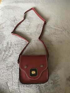 Ladies Red wine colour vintage little handbag satchel