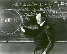 ROBERT H. GODDARD TEACHES AT CLARK UNIVERSITY IN 1924 - 8X10 PHOTO (EP-553)