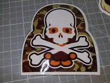 CAMO SKULL CROSSBONES GLOSSY Sticker Skateboard/phone Bombit NEW