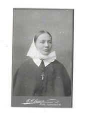 5515 CDV * Junge Dame in Tracht / Nonne / Kreuzkette Kiel um 1910