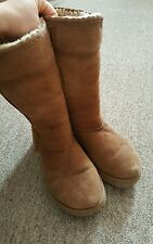 Ugg Boots Brown Size 5 UK Good Condition