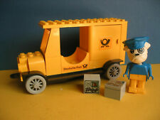 Lego Fabuland Auto:  Figur Boris Bulldog und sein Paket-Postauto  MOC
