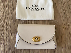 BNWT Coach Turnlock In Chalk *Card Coin ID Holder* RRP £50 New & Authentic