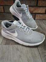Nike TANJUN Kids Youth Gray White 818381-012 Youth Size 4.5Y Air Swoosh Shoes