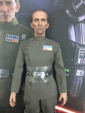 Hot toys Darth Vader & Grand Moff Tarkin MMS434 - Grand Moff Tarkin figure only