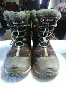 Women's Columbia Suede Winter Boots Size 7 US 200 Grams Waterproof BY1272-248