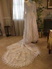 DAVIDS BRIDAL SIGNATURE WEDDING GOWN Michaelangelo RN84270 white w/sleeve $599