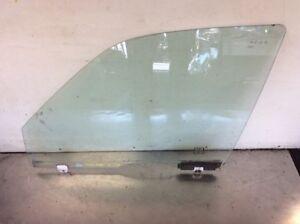 97 98 99 00 01 Honda CRV Left Front Door Glass Window Used OEM
