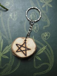 English Oak Wood Pentagram Key Ring - Strength & Courage - Pagan, Witchcraft