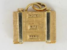 Ritz Hotel Suitcase Charm Turquoise Vintage 18K Gold 750 Pendant 7.4g Ej31