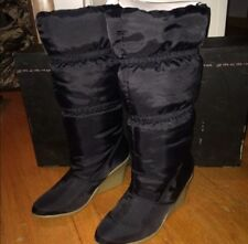 New With Box Steve Madden Pdown Filled Puffy Boots Size 6