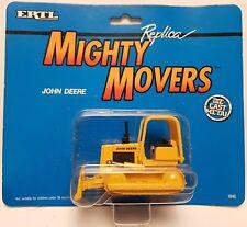 1:64 Scale ERTL Mighty Movers 1846 John Deere Bulldozer - MIP