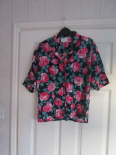 Vintage 1980s  Dorothy Perkins Ladies Blouse size 12 in Navy/Pink/Green Floral .
