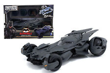 BATMAN v SUPERMAN - Batmobile 1:24th Scale Pre-Painted Die-Cast Kit (Jada Toys)