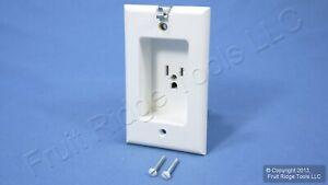Leviton White Clock Hanger Recessed Outlet Receptacle 15A NEMA 5-15R 688-W-R42