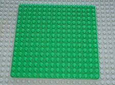 Plaque de base LEGO Green Baseplate 16 x 16 ref 3867 / Set 376 6085 6597 6598...