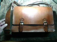 Cartella  pelle borsa  vero cuoio 40x28 cm larga 9 cm artigianale con tracolla