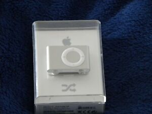 Apple iPod Shuffle 2nd Generation - Silver 1GB - New and Sealed