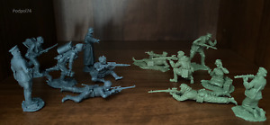 Toy soldiers Plastic Platoon. German snipers and Soviet snipers. Exclusive.