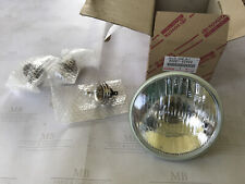 Toyota 90981 02H00 Front Headlamp Sealed Beam Light Unit Coaster Crown 4 Runner