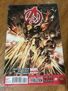 AVENGERS COMIC BOOK 004 Marvel Now! Hickman Kubert D'armata