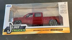 Jada Just Trucks 2014 Chevy Silverado Custom Edition Diecast Scale 1:24