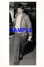 ORIGINAL PHOTO - JIMMY CONNORS AT LONDON AIRPORT 1984 DAVIS CUP CAREER IN RUINS