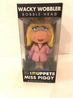 1X Classic New Sealed Disney The Muppets Wacky Wobbler Miss Piggy Bobble Head: