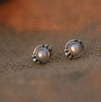 Handmade 925 Sterling Silver Freshwater Pearl Gemstone Circle Stud Earrings