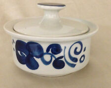 LAPID ISRAEL ARABESQUE STYLE SUGAR BOWL & LID #585 COBALT BLUE FORMS FLOWERS
