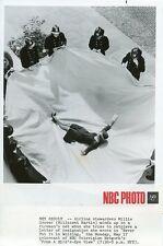 MILLICENT MARTIN STEWARDESS FIREMAN NET FROM A BIRD'S EYE VIEW 1971 NBC TV PHOTO