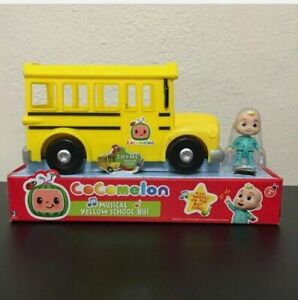Cocomelon Musical JJ Figure Yellow School Bus with Sound and 3 inch Figure
