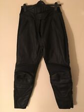 WEISE BLACK LEATHER BIKER TROUSERS SIZE 14: WAIST 32 INCHES/INSIDE LEG 28 INCHES