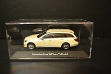 Mercedes Benz E-class T-model S212 2013 dealer in scale 1/43
