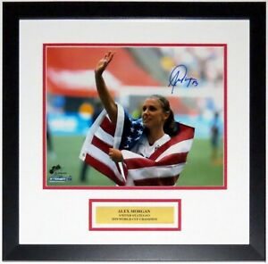 ALEX MORGAN AUTOGRAPHED USA WORLD CUP 11X14 PHOTO LE /25 STEINER COA FRAMED 2019