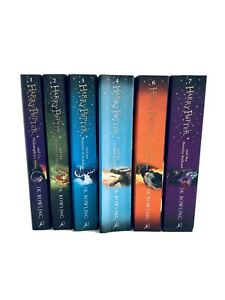 Harry Potter Collection Book Set Pack Books (6 paperbacks) Used